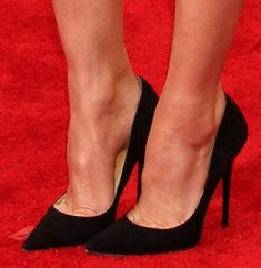 Jodie foster in sexy heels — pic 5