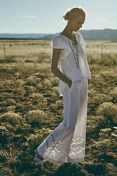Anthropologie Ivory White Elevenses Linen Cotton Crochet Cut Out Flare Wide Leg Pants. semi sheer ladder lace detail on bottom with crochet cut out. Outfits 2016, Summer Outfits, Cute Outfits, Fashion Outfits, Fashion Trends, Fashion Basics, Wide Leg Pants, Wide Legs, Boho Bride