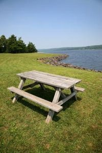 how to refinish a wood picnic table.
