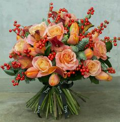 Beautiful new Christmas collection of bouquets from McQueens Christmas Flowers, Fall Flowers, Fresh Flowers, Beautiful Flowers, Christmas Wedding, Floral Wedding, Wedding Bouquets, Wedding Flowers, Gold Wedding