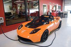 Tesla Roadster Sports car - Pin X Cars Tesla Electric Car, Electric Sports Car, Tesla S, Tesla Motors, Tesla Roadster Sport, Tesla Car Models, X Car, Car Travel, Sexy Cars