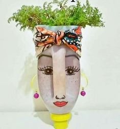 Diy Face Shaped Painted Plastic Bottle P - Diy Crafts - Qoster Plastic Bottle Planter, Reuse Plastic Bottles, Plastic Bottle Crafts, Diy Bottle, Recycled Bottles, Recycled Garden Art, Garden Crafts, Recycled Crafts, Diy Crafts
