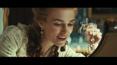 The Duchess Starring: Keira Knightley as Georgiana Cavendish, Duchess of Devonshire, greeting the morning with her new born daughter. Romantic Princess, The White Princess, Film Books, Book Tv, Georgiana Cavendish, The Duchess Of Devonshire, The Borgias, Hair Jewels, Lace Hair