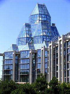 National Gallery of Canada, Ottawa, Ontario. Moshe Safdie, Architect.
