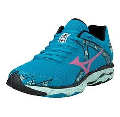 Look at this Mizuno Caribbean Sea & Shocking Pink Wave Inspire 10 Running Shoe on today! Stability Running Shoes, Running Shoes For Men, Running Women, Road Running, Running Gear, On Shoes, Me Too Shoes, Online Shop Kleidung, Asos Mode