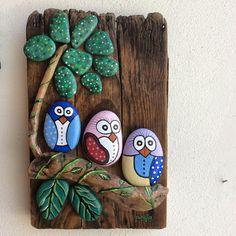 #yağlıboya #taş #taşboyama #stones #stonepainting #ahşap #kuşlar #birds #elyapımı #handmade #flowers #çiçekler #hediye #gift #anahtarlık