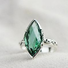 Vintage Classic Marquise Cut Emerald Crystal Sterling Silver Women Ring