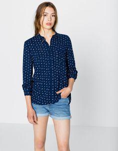 CAMISA MANGA LARGA - Blusas y camisas - Ropa - Mujer - PULL BEAR México  Camisas Manga    0fa1f7dae1