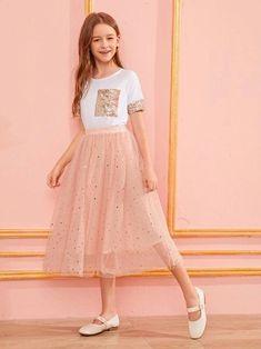 Teenage Girl Outfits, Girls Fashion Clothes, Kids Outfits Girls, Cute Girl Outfits, Tween Fashion, Teen Fashion Outfits, Little Girl Dresses, Dress Outfits, Girl Fashion
