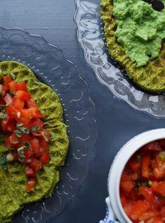 Falafel vaffel med salsa og ærtedip Falafel, Avocado Toast, Broccoli, Salsa, Mad, Breakfast, Morning Coffee, Salsa Music, Falafels