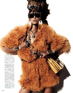 """Fur Regal Reasons"" : Kendra Spears : Vogue Japan December 2012 : Giampaolo Sgura 