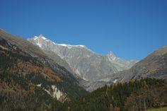 Schweiz  Goms Herbst Berge Alpen
