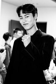 Extraordinary You (어쩌다 발견한 하루) Korean - Drama - Picture @ HanCinema :: The Korean Movie and Drama Database