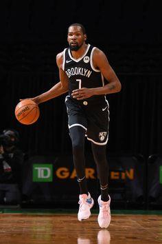 Nba Kevin Durant, Kevin Durant Basketball, Durant Nba, Basketball Players, Nba Pictures, Nba Wallpapers, Badass Aesthetic, Nba Stars, Brooklyn Nets