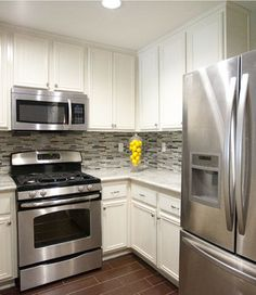 White Cupboards Stainless Steel Liance Kitchen With Design Ideas Pictures Remodel