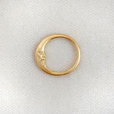 Minimalist silver tiny stud earrings Handmade jewelry gift for women simple everyday black circle posts rustic clean modern dots - Custom Jewelry Ideas Cute Jewelry, Jewelry Rings, Jewelry Box, Jewelry Accessories, Jewlery, Geek Jewelry, Moon Jewelry, 18k Gold Jewelry, Swarovski Jewelry