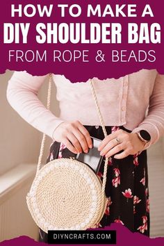 Follow a step by step tutorial to make your own rope purse! This simple tutorial for a DIY handbag is a great project that is ready in under an hour! Make your own handbag with this easy DIY project video! Watch to learn how to make this great rope project today! #Rope #RopePurse #Purse #DIYPurse #Handmade #Rustic #Fashion Diy Handbag, Diy Purse, Diy Projects Videos, Diy Craft Projects, Purse Tutorial, Diy Tutorial, Rustic Fashion, How To Make Purses, Rope Basket