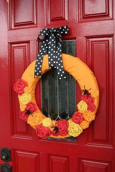 Halloween Deko Ideen türkranz farben herbst