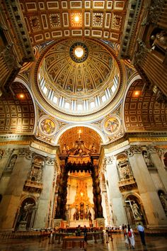 Saint Peter's Dome and Baldacchino Sacred Architecture, Church Architecture, Shopping Mall Interior, Take Me To Church, Florence Tuscany, Travel Around Europe, Cathedral Church, Grand Designs, Vatican City