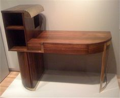 I was inspired to write about the style  when I saw this wonderful  desk by Donald Deskey (one of the greats in this era) at the Yale University Art Gallery.
