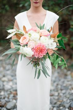 Sometimes a bride knows what type of bouquet or floral style she wants before she decides on a wedding dress. For those of you who choose the untraditional path of florals first, dress second, this shoot by Christie Graham showcases how … Continue readi