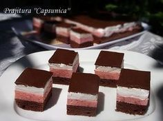 diana's cakes love: Prajitura ''Capsunica'' Sweet Recipes, Cake Recipes, Romanian Desserts, Good Food, Yummy Food, Cake Bars, Food Cakes, Easy Meals, Goodies