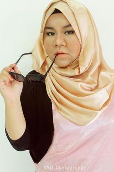Muse : Tiwi Yahdi (me) Make up : Tiwi Yahdi (me) Photo by : NMD Photography