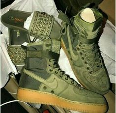 Chanel slides with Olive Nike kicks. Sock Shoes, Cute Shoes, Me Too Shoes, Shoe Boots, Men's Boots, Sneaker Heels, Shoes Sneakers, Shoes Heels, Nike Kicks