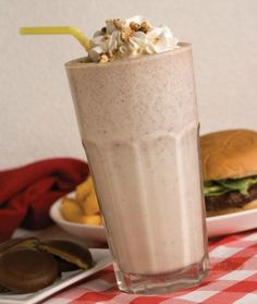 Tagalong Shake. What to do with all those girl scout cookies lying around….