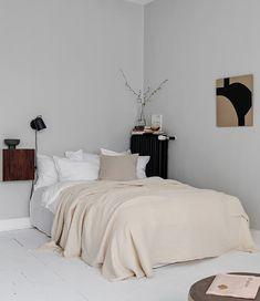 Trendy Home Interior Colour Grey Interior House Colors, Home Interior, Interior Design, French Interior, Interior Ideas, Grey Kitchen Designs, Decor Scandinavian, Bedroom Black, Trendy Home