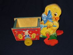 Vintage Fisher Price pull toy... this one is SO cute!  need to find one for my collection!