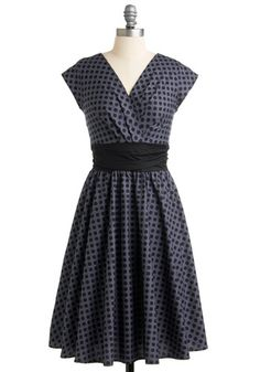 Pretty on the Park Bench Dress | Mod Retro Vintage Dresses | ModCloth.com - StyleSays