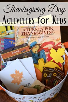 Thanksgiving Day Activities for Kids - Basket of Books, Craft, and Activities by This Little Home of Mine Thanksgiving Recipes, Thanksgiving Activities For Kids, Thanksgiving Gifts, Holiday Activities, Thanksgiving Decorations, Montessori Activities, Kindergarten Activities, Preschool Art, Childrens Christmas