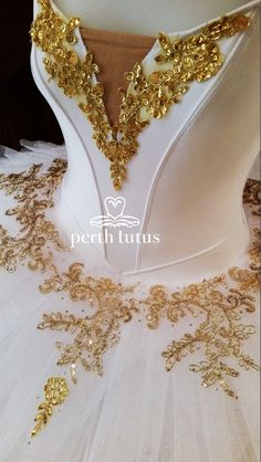 We specialise in custom made tutus & costumes for ballet & dance. Our range includes stretch tutus built on a leotard, stretch & non-stretch romantic tutus.