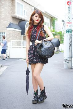 19-year-old L'Arc-en-Ciel fan Haruka in Harajuku w/ Glad News mouse top & spiked mouse bag + GalStar spiked boots.