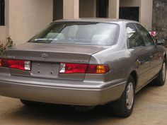 LAGOS CLEARED CAMRY 2000  FOR SALE    VIN: 4T1BG22K3YU664081  MILEAGE 161,000  ENGINE : 4 CYLINDER    Factory  AC, Automatic Drive, Power Steering, 4-Wheel ABS, Power Windows/Doors/Mirrors, CD Player, Cruise Control and very clean Fabric Interior  Intrested buyers can reach me on 08187225732 and 08050760440