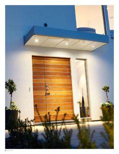 love the front door Spotlights, Entrance, Garage Doors, Exterior Homes, House Ideas, Windows, Architecture, Simple, Box