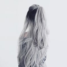 white silver hair ombre hair color | curls | half up half down | long hair styles | trend | girl | extensions