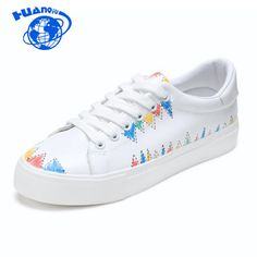 New Women Canvas Shoes Woman Fashion Lace Up White Shoes 2017 Casual Woman Graffiti Flats Platform Shoes Plus Size Casual Shoes, Women's Casual, Shoes 2017, White Shoes, Platform Shoes, Shoe Brands, Fashion 2017, Sport, Plus Size
