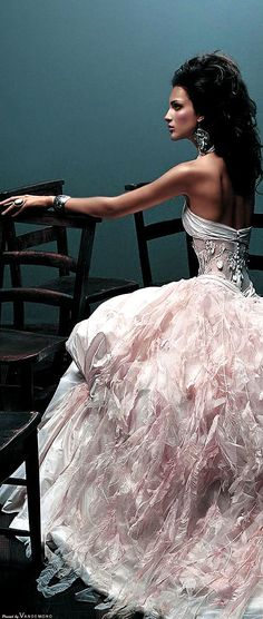 # PINK & WHITE PRINCESS GOWN