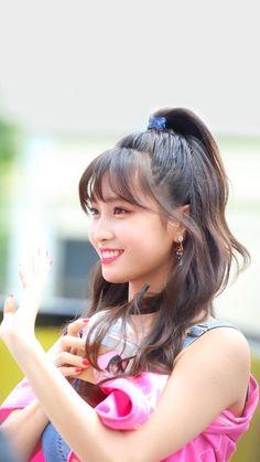 Nayeon, Kpop Girl Groups, Korean Girl Groups, Kpop Girls, Korean Beauty, Asian Beauty, Twice Kpop, Dahyun, Hirai Momo
