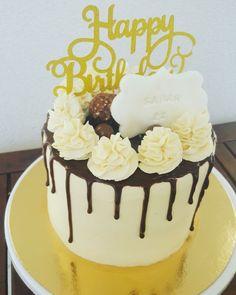 Allocakes - Trouve ton gâteau ou ton pâtissier cakedesigner Spiritual Birthday Wishes, Caramel, Cake Chocolat, Un Cake, Cupcakes, Cream Cake, Yummy Cakes, Birthday Cake, Desserts