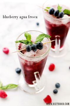 Blueberry Agua Fresca | www.diethood.com | Delicious, healthy and sweet fruit water made with blueberries, lemon juice, and honey. | #recipes #drinks