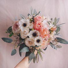 - Floral: Bouquet Ideas (Color or Season) - 結婚式 Spring Wedding Bouquets, Spring Bouquet, Flower Bouquet Wedding, Floral Wedding, Dried Flower Bouquet, Dried Flowers, April Wedding, Wedding Day Inspiration, Winter Wonderland Wedding