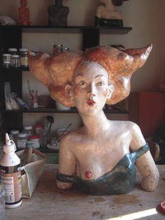Sept. 2010 by Melanie Bourget Sculptures Céramiques, Art Sculpture, Pottery Sculpture, Contemporary Sculpture, Contemporary Ceramics, Ceramic Clay, Ceramic Pottery, 3d Art, Ceramic Figures