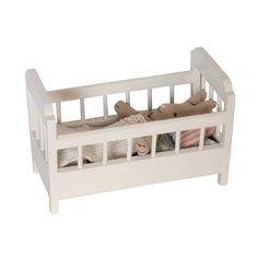 ~ sweet toy bed