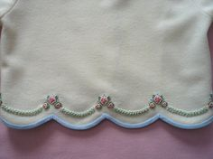 Snug As A Bug Embroidered Wool Jacket by GailDoane on Etsy Chaqueta de lana bordada Snug As A Bug de GailDoane en Etsy Embroidery Suits Punjabi, Embroidery On Kurtis, Hand Embroidery Dress, Kurti Embroidery Design, Cutwork Embroidery, Embroidery Fashion, Hand Embroidery Designs, Embroidery Stitches, Embroidery Patterns