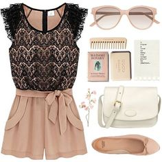 Cute outfit idea for a hot day! Love these neutral accessories, because they could go with so many things.