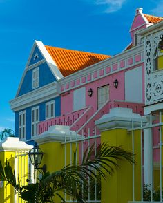 Colorful houses - Willemstad, Curaçao | by pboehi