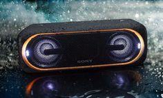 Le constructeur profite de ce début d'année pour étendre sa gamme EXTRABASS qui désormais intègre quatre nouvelles enceintes portables sans fil, dont les SRS-XB40 EXTRABASS.  Sony lève le voile sur de nouvelles enceintes sans fil nomades. Des enceintes sans fil qui diffusent la musique de votre c... https://www.planet-sansfil.com/sony-lance-enceintes-srs-xb40-extrabass/ audio, Audio - Vidéo, Bluetooth, enceinte, EXTRABASS, sans fil, Sony, SRS-XB40, Wi-Fi, WiFi, Wir